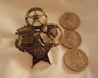 Large Brooch Pin in vintage Bronze gold metal
