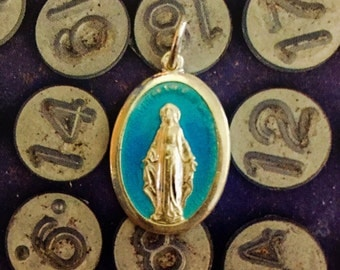 ENAMEL MIRACULOUS MEDAL Vintage Religious Virgin Mary Silver Plate Italy