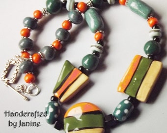 GREEN AND ORANGE ceramic beads necklace