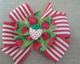 Red and White Stripe Strawberry Stacked Ribbon Pinwheel Bow (1007)