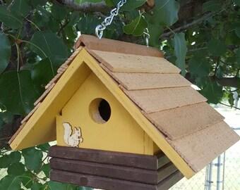 Wren birdhouse w/faux logs