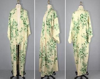 kimono sale / silk kimono / antique kimono / floral / LORELAI vintage kimono