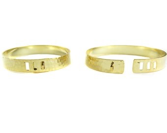 Gold Plated Textured Cuff  - (1x) (K742)