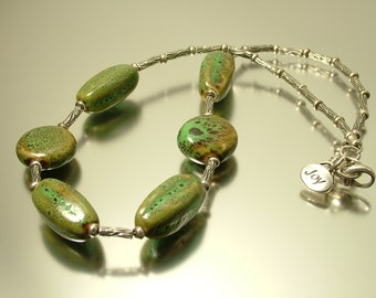 Estate/ vintage 1990s signed Joy, sterling silver and green ceramic bead necklace - jewellery jewelry