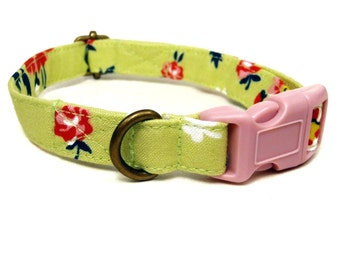 Irish Country - Lime Green Wildflowers Floral Rose Vintage Floral Organic Cotton CAT Collar Breakaway Safety - All Antique Brass Hardware