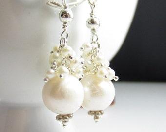 Simple Pearl Elegance Earrings