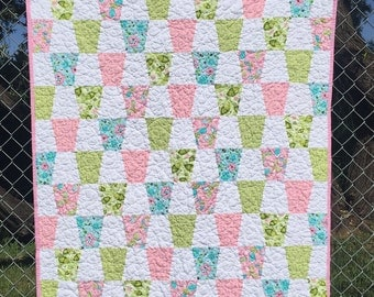 Tumbler quilt. Baby quilt child crib pink