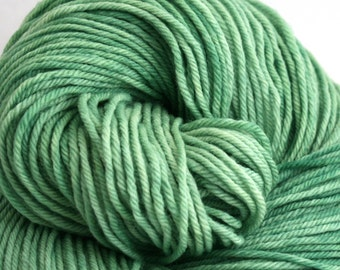 Windham 100% US Merino Hand Painted worsted weight 220 yds 201m ~4oz 113g Sea Green