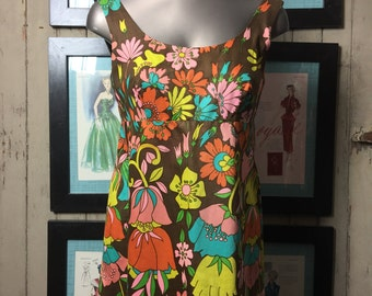 1960s floral tank top 60s sleevless blouse size small Vintage tunic top op art cotton print