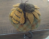 E Pattern Sewing Clamp Sunflower Bee Punch Needle Pin