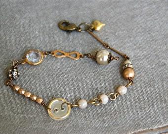 Bohemian wedding pearl bracelet/romantic/vintage style bracelet/heart charm bracelet. tiedupmemories