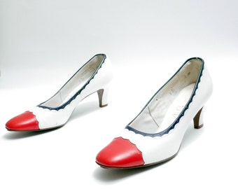 Size 7.5N // Vintage 60s  Red and White Spectator Low Pumps// White Leather Red  Leather Pumps// High Heels// 117