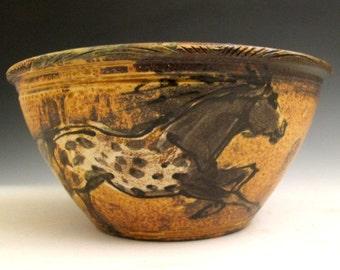 Bowl with appaloosa horses