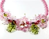 pink flower bib necklace macrame necklace lamp work flowers macrame jewelry lamp work necklace statement flower necklace fringe flower bib