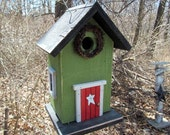 Green Birdhouse Red Door Grapevine Wreath Metal Star Black Roof and Base Bottom Removes for Clean out