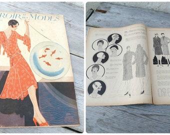 Vintage April 1929 French Issue magazine  MIROIR Des Modes  fashion paper ephemera advertisment