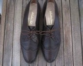 Ferragamo Vintage Oxford shoes brown leather Wingtip Leather Spectator flats chocolate brown oxford preppy Tomboy Shoes 7