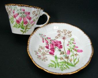 Salisbury Tea Cup Set, Foxglove Flower, Vintage Bone China, Made in England, Gold Trim, Pink Flowers, Green Leaves, Tea Party, Bridal Shower