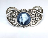 Cat Jewelry Bracelet/Cameo Bracelet/Cameo Jewelry/Kitty/Blue Cameo/Real Cameo/Kitten/Cuff