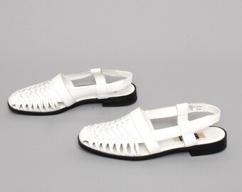 size 8.5 WOVEN white leather 80s 90s HUARACHES SANDALS flats