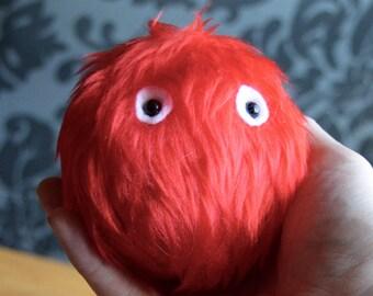 Mini Monster Keyring - red fur