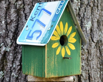 Rustic Birdhouse - License Plate Birdhouse - Sunflower Birdhouse - Primitive Birdhouse