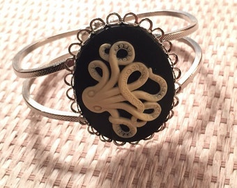 Octopus Bangle