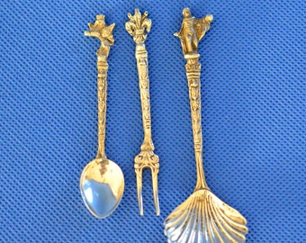 Italian Serving Utensil Set - Salt Spoon, Shell Spoon and Hors d'Oeuvres Fork - Made in Italy