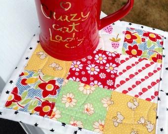 Cute mug rug cheery mug rug summery mug mat cottage style mug rug happy table mat mini quilt nine patch quilt cute snack mat cottage decor