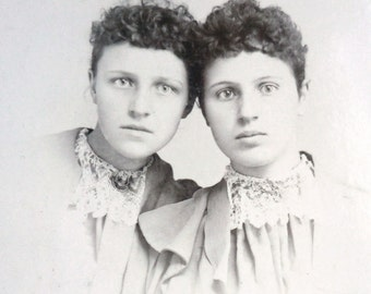"Vintage Photo of Two Sisters  (4"" x 6 1/4"")"
