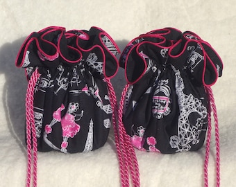 French scenes Jewelry Travel Pouch  with pink in Anti Tarnish Black Damask
