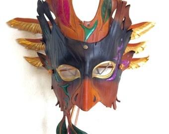 MUK the Shawoman Leather Mask