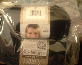 2 skeins Vannas choice yarn black