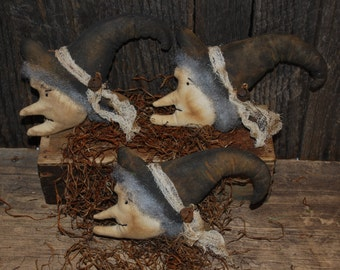 SET OF THREE Primitive Side Facing Witch Heads Halloween Tucks Fall Bowl Fillers Black Ornies