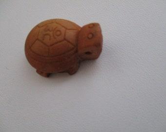 Boxwood Mini Turtle Charm