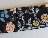 Slim pouch/pencil case in leaf & flower print