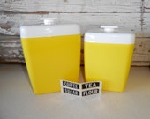 Vintage Yellow Nesting Canisters, Retro Plastic Yellow Cansters, Vintage Retro Kitchen