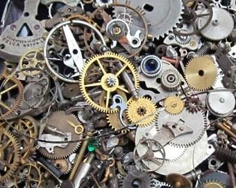 2 1/2 oz 70 grams Vintage Watch movements parts cogs gears Steampunk   Z 32