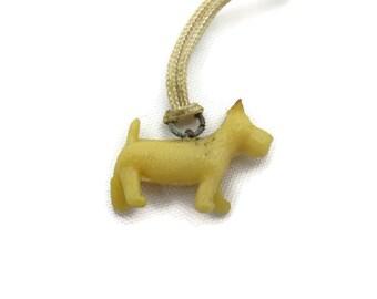 Scottie Dog Cracker Jack Charm - Cream Plastic Westie Terrier Pendant