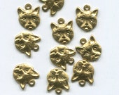 10 cat face charms vintage animal charms, golden brass charms,  metal charm lot, 10mm x 11mm, jewelry findings lot