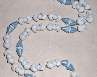 SALE vintage plastic beaded necklace - j485