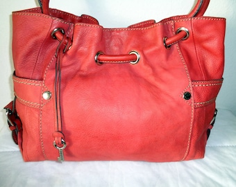 Fossil large tote, carryall bag genuine thick  leather , bucket bag ,satchel , work bag ,multi pocket purse, vintage gorgeous