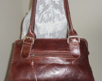 Chabeli Argentina genuine leather  Boston bag, shoulder bag ,top zip satchel,handbag ,purse dual strap bag, vintage 90s chestnut color