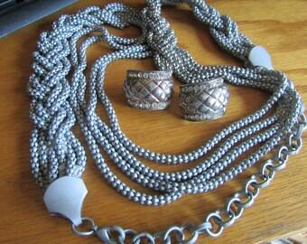 gray multi chain plus