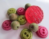 Vintage Buttons - Cottage chic lot of 11 assorted novelty magenta and olive novelty designs acrylic, 1960's NOS (jan113b)