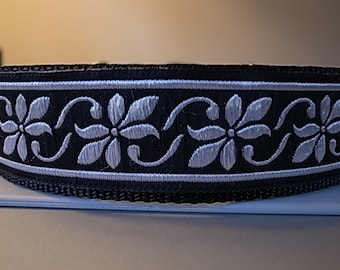 Silver Daisy House/Martingale/Side Release Buckle Collar
