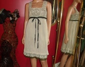 Vintage Flapper dress G.Gatsby  Crinkle polyester  Lace Embroidery   Size none