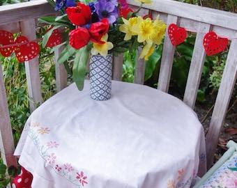 pretty crossstitch garden border tablecloth 36x38 inches
