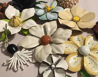 Sale - Flower brooch collection