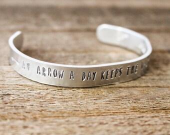 Cuff Bracelet - An arrow a day keeps the walkers away - The Walking Dead - TWD - Daryl- Daryl Dixon